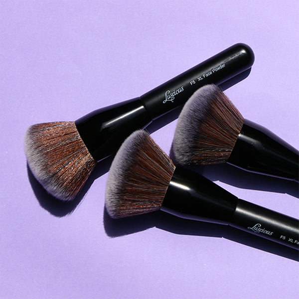 XL Face Powder Brush