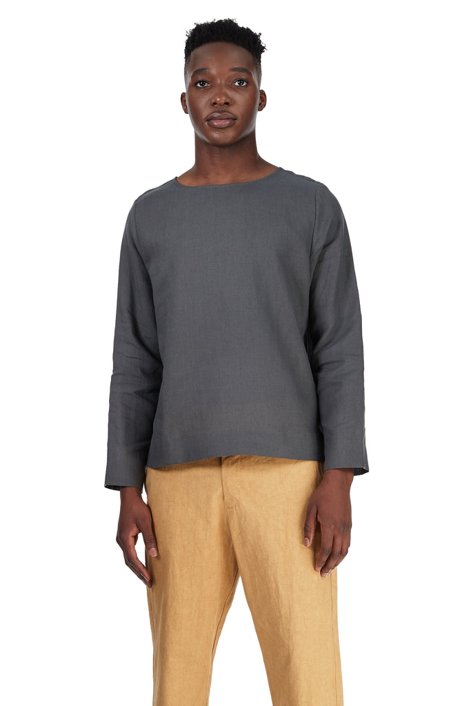 Long-Sleeved Tee in Grey Silk-Linen