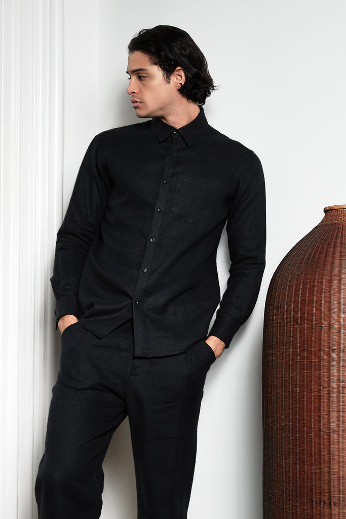 Long-Sleeved Shirt in Sumi Black
