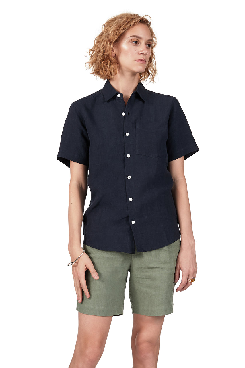 Short-sleeved Shirt in Navy Linen