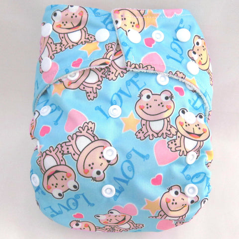 "Kawaii Baby One Size Organic Bamboo Terry Cloth Diaper with 2 Bamboo Inserts ""Smiling Frogs"""