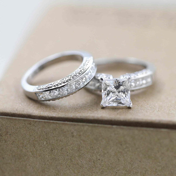 Alyssa Accented Engagement Ring