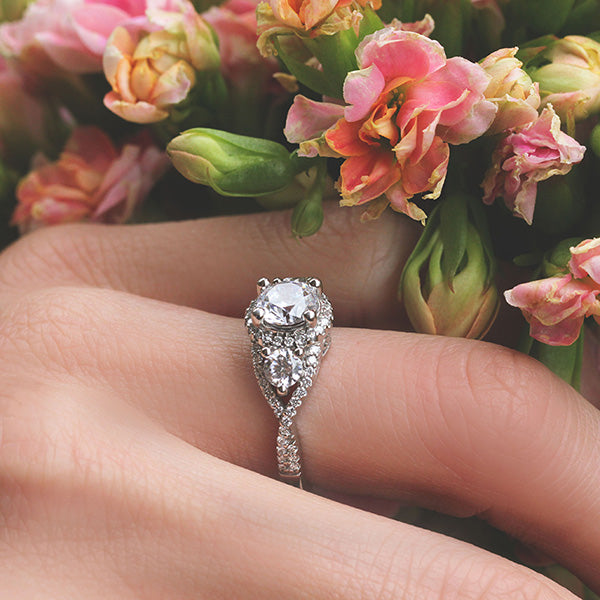 8 Timeless Vintage Engagement Rings