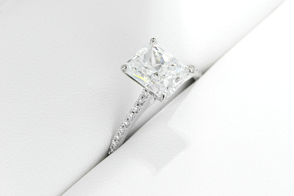 Simple Engagement Rings For The Minimalist Bride