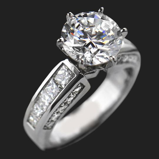 Alicia Engagement Ring shown with a 2.75ct Round cut in Palladium|2.75ct Round cut in Palladium