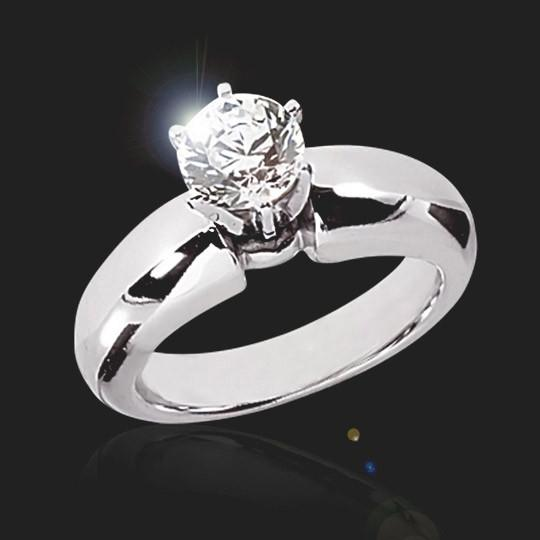 Hanna Solitaire Engagement Ring