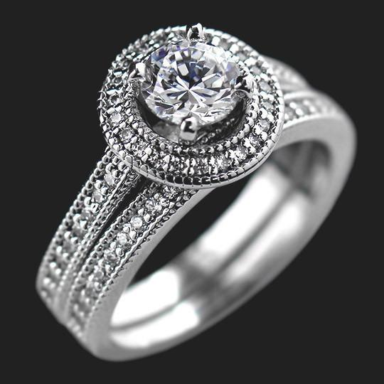 Forever Wedding Set shown with a 1.0ct Round cut in 14KW|1.0ct Round cut in 14KW