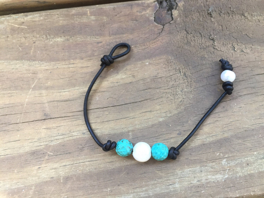 Freshwater Pearl and Turquoise Leather Bracelet | Beach Bracelet