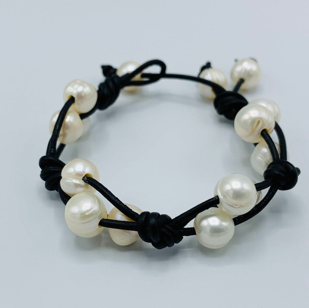 Leather and Freshwater Pearl Knotted Bracelet | Versatile Bracelet
