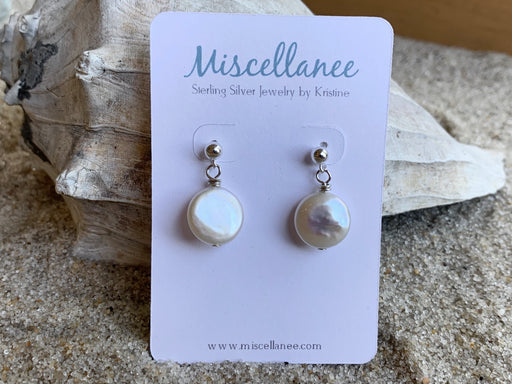 Freshwater coin Pearl stud earrings