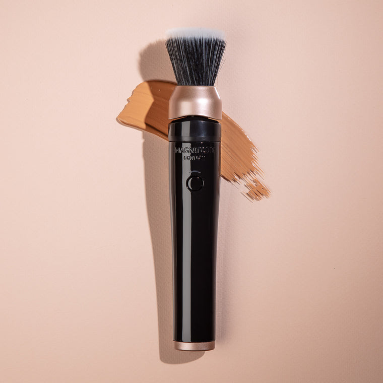 Magnitone BlendUp Vibra Sonic MakeUp Foundation Blending Brush with liquid foundation