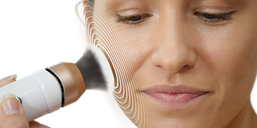 250 movements per second to stimulate the skin. Massaging the skin whilst creating a perfectly airbrushed finish.
