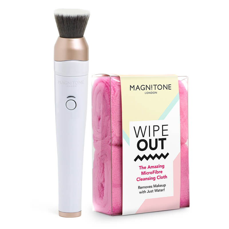 Magnitone Black Blend Up Makeup Brsuh with Pink WipeOut microfibre cleansing cloths x2 in packaging