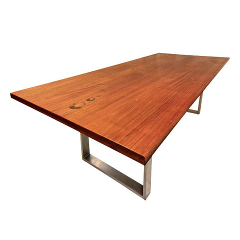 Vibrato Dining Table