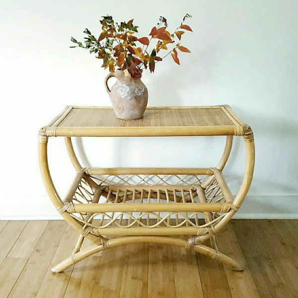 Bamboo & Seagrass Table