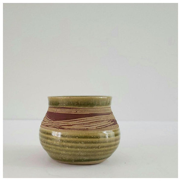 Mahon Dagg Small Canadian Pottery Pot