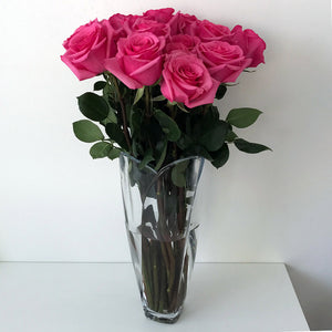 Tulip Glass Vase with pink roses - The Crystal Wonderland