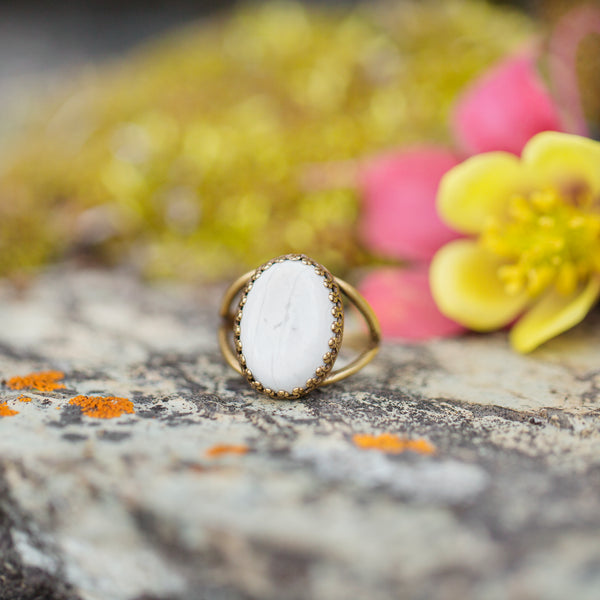 Howlite | Gemstone Statement Ring
