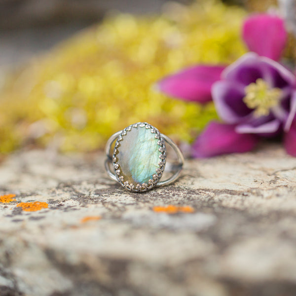Labradorite | Gemstone Statement Ring
