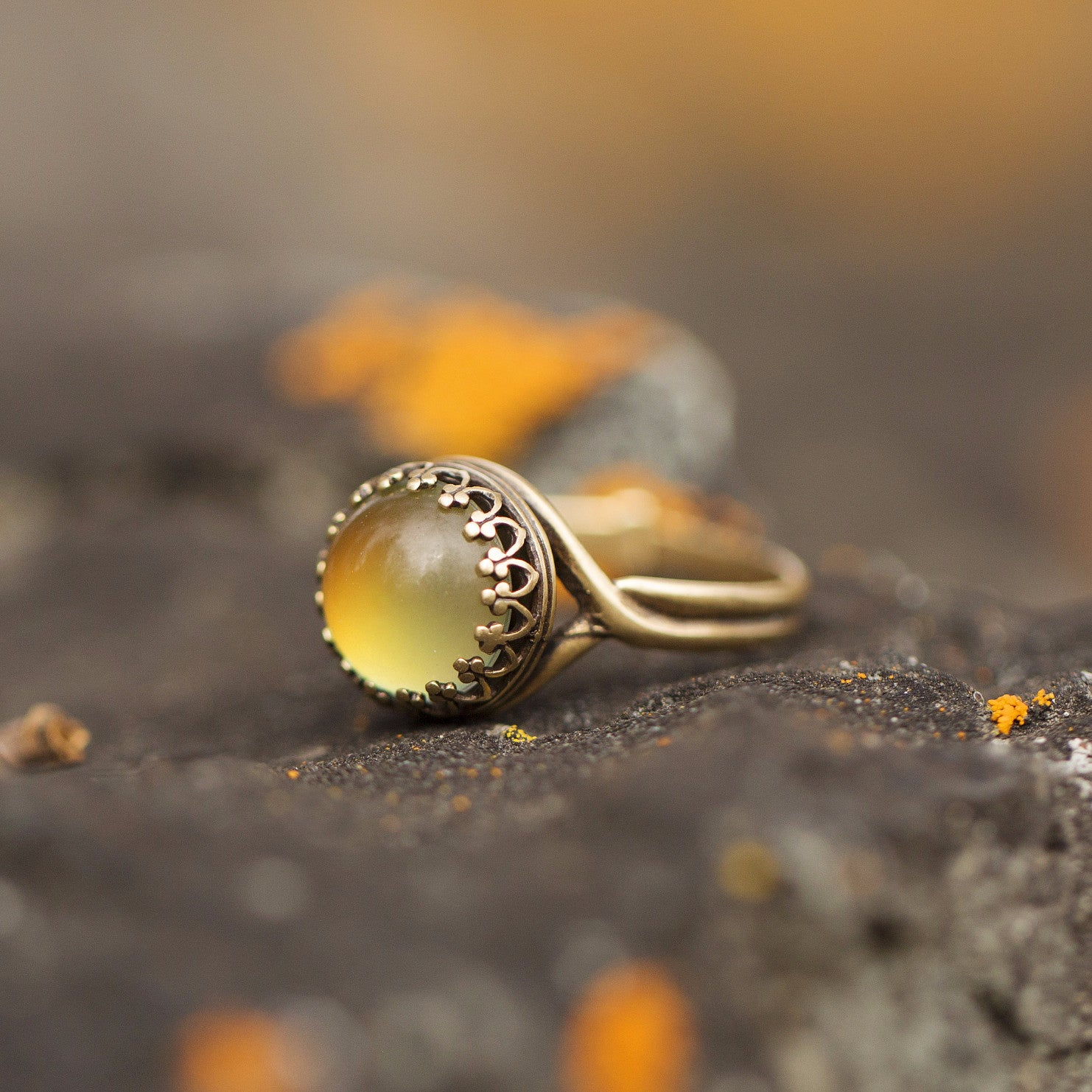 small vintage brass round mood ring
