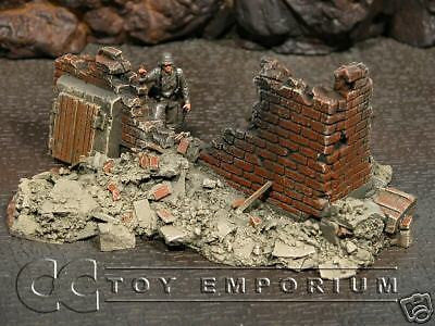 """RETIRED & BRAND NEW"" Build-a-Rama 1:32 Hand Painted Bombed Out Building #1"