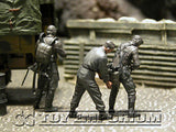 """BRAND NEW"" Custom Built - Hand Painted & Weathered 1:35 WWII German ""Luftwaffe Pilots"" Soldier Set (3 Figure Set)"