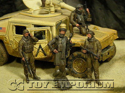 """BRAND NEW"" Custom Built - Hand Painted & Weathered 1:35 Deluxe Current Day  ""Captured"" US Soldier Set (5 Figure Set)"