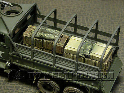 """RETIRED & BRAND NEW"" Build-a-Rama 1:32 WWII Deluxe Supply Stowage Set #4  (2 Piece Set)"
