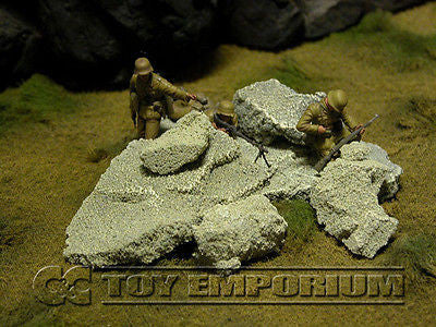 """RETIRED & BRAND NEW"" Build-a-Rama 1:32 Hand Painted WWII Loose Stone Set (6 Piece Set)"