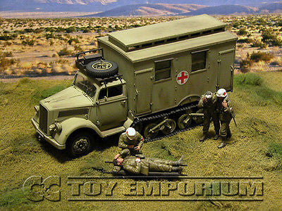 """BRAND NEW"" Custom Built - Hand painted & Weathered 1:35 WWII Deluxe German DAK ""Sd.Kfz.3 Maultier Ambulance -  Afrika"""