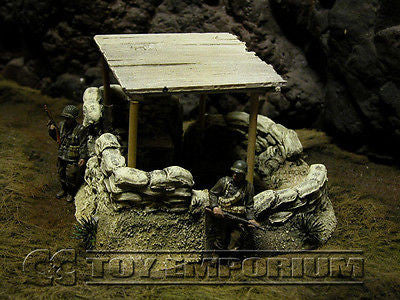 """RETIRED & BRAND NEW"" Build-a-Rama 1:32 Hand Painted WWII Command Post Ruin"