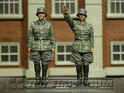 """RETIRED"" Collector's Showcase 1:30 Scale Berlin 38' Series Deluxe LAH Officers -2"