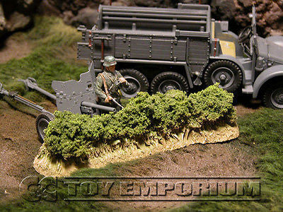 """RETIRED & BRAND NEW"" Build-a-Rama 1:32 Hand Painted WWII Low Hedge Row Section"