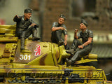 """BRAND NEW"" Custom Built - Hand Painted & Weathered 1:35 Deluxe WWII German Tankmen ""Refueling"" Soldier Set"
