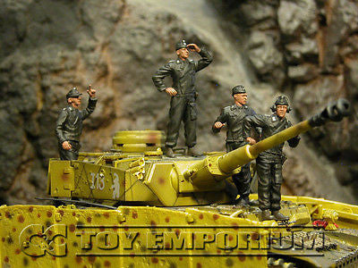 """BRAND NEW"" Custom Built - Hand Painted & Weathered 1:35 Deluxe WWII German SS Panzer Crew Soldier Set (4 Figure Set)"