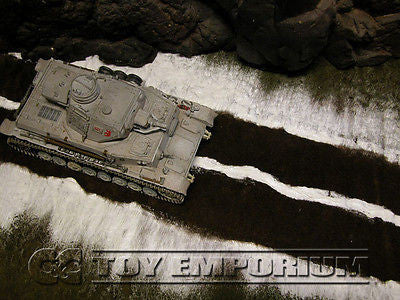 """BRAND NEW"" Build-a-Rama 1:32 WWII Deluxe ""Winter"" Medium Snow/Low Grass & Dirt Road Mat  (24""x12)"""