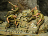 """BRAND NEW"" Custom Built - Hand Painted & Weathered 1:35 Deluxe WWII German DAK Tankmen ""Refueling"" Set (5 Figure Set)"