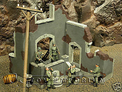 """RETIRED"" Pro Built - Hand painted & Weathered Verlinden 1:35 Custom Built WWII Country Mansion Ruin"
