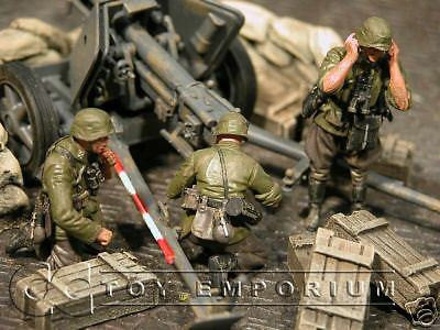 """BRAND NEW"" Custom Built & Hand Painted 1:35 WWII German Pak 40 Gun Crew Set (3 Figure Set)"