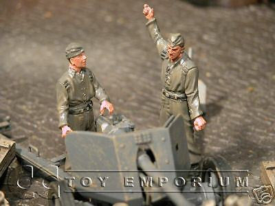 """BRAND NEW"" Custom Built & Hand Painted 1:35 WWII German Pak 40 Gun Crew Set (2 Figure Set)"