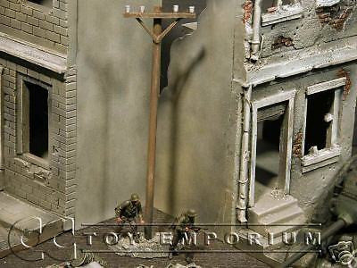 """RETIRED & BRAND NEW"" Build-a-Rama 1:32 Hand Painted WWII Telephone Pole"