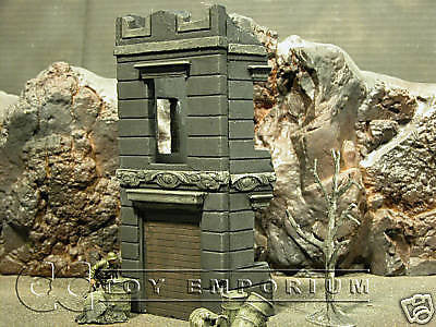 """RETIRED"" Pro Built - Hand Painted & Weathered 1:35 WWII 3 Story Italian Shop Diorama Ruin"