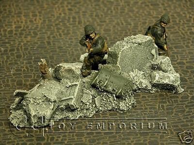 """RETIRED & BRAND NEW"" Build-a-Rama 1:32 Hand Painted WWII Rubble Pile #4 Set"
