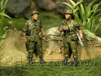 """BRAND NEW"" Custom Built - Hand Painted & Weathered 1:35 ""Vietnam"" US GI Soldier Set (2 Figure Set)"