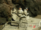 """BRAND NEW"" Custom Built - Hand Painted & Weathered 1:35 WWII German Winter Tank Crew Set (5 Figure Set)"