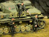 """BRAND NEW"" Custom Built - Hand Painted & Weathered 1:35 WWII German SS Summer Tank Crew Set (6 Figure Set)"