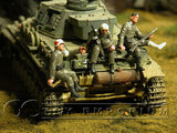 """BRAND NEW"" Custom Built & Hand Painted 1:35 WWII German Wounded Soldiers Set (3 Figure Set)"
