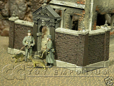 """BRAND NEW"" Custom Built & Hand Painted 1:35 WWII Stone Gate w/ Brick Walls Set (2 Piece Set)"