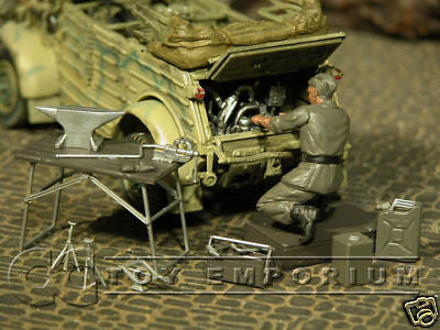 """BRAND NEW"" Custom Built & Hand Painted 1:35 WWII German Kubelwagen Repair Set"