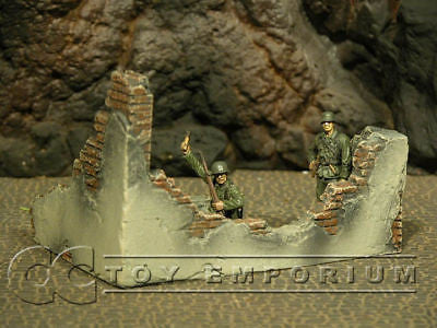 """RETIRED & BRAND NEW"" Build-a-Rama 1:32 Hand Painted WWII Destroyed Wall Section"